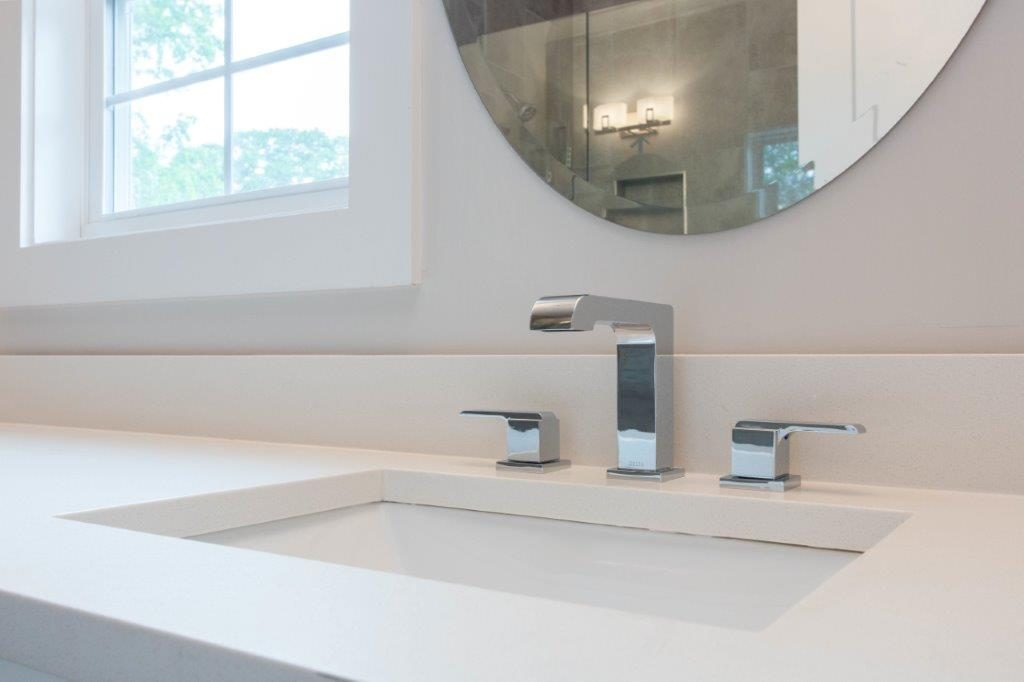 WilliamMarkDesigns Glendale Duplex Master Bathroom Sink