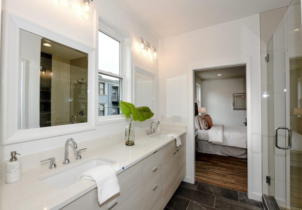 WilliamMarkDesigns Winton Terrace Guest Bathroom
