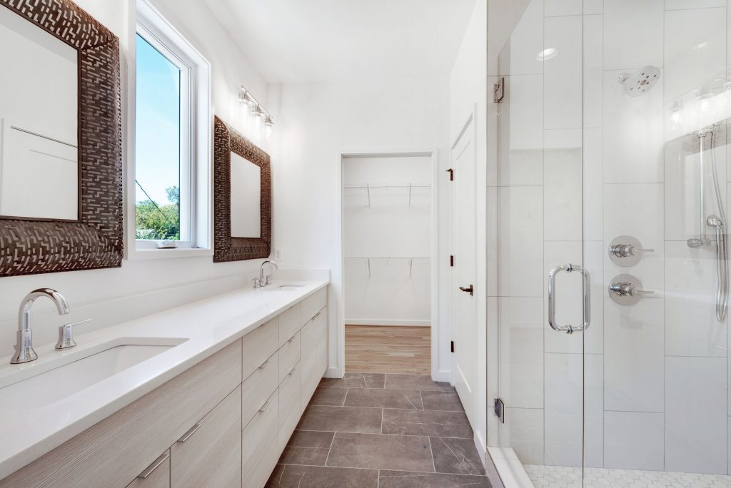 WilliamMarkDesigns 520 Wabash Bathroom 2