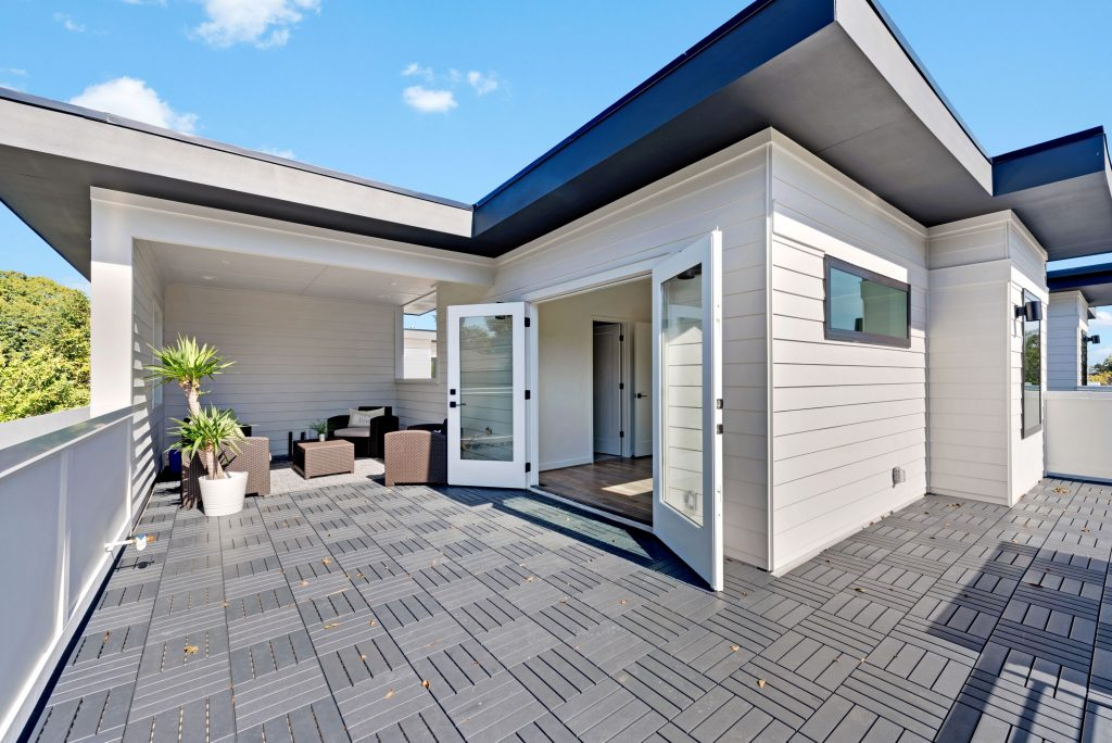 WilliamMarkDesigns 520 Wabash Rooftop Deck 1