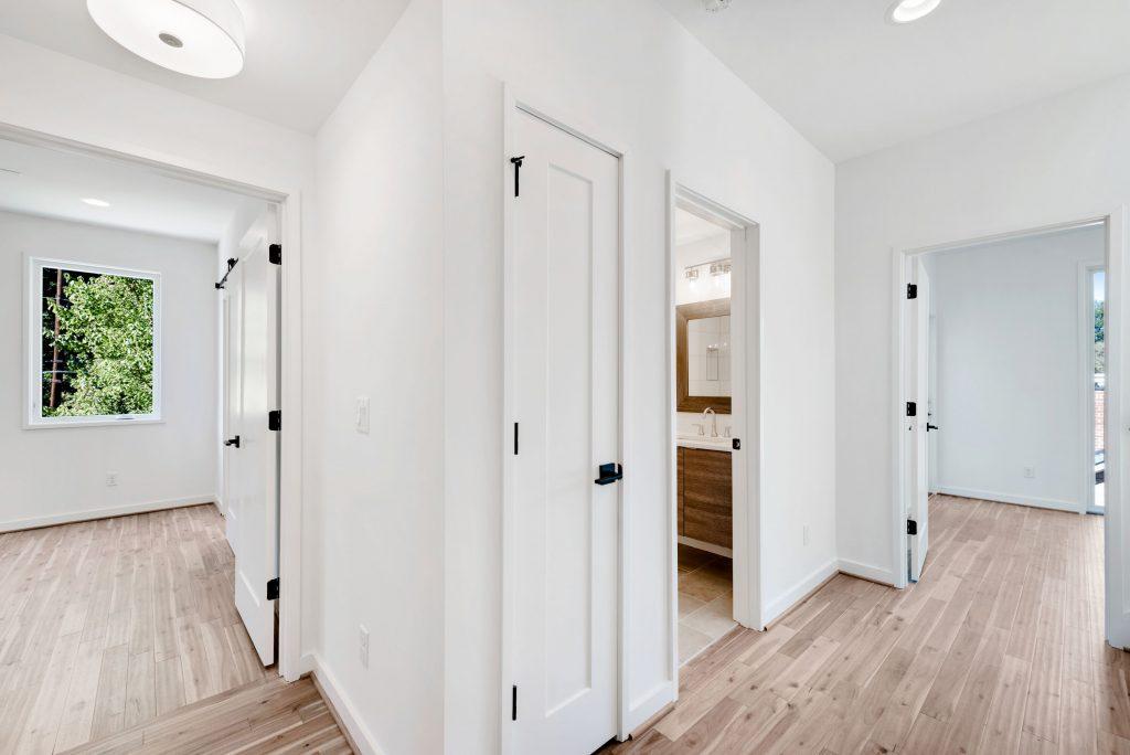 WilliamMarkDesigns 520 Wabash Hallway 2