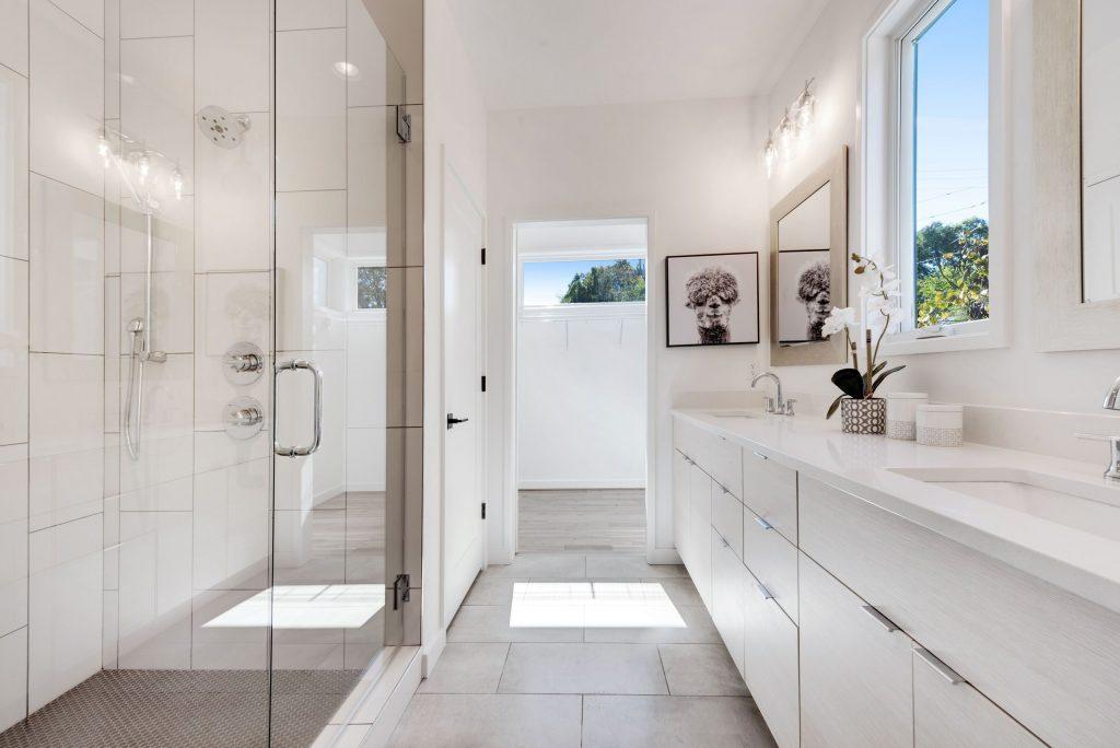 WilliamMarkDesigns 520 Wabash Bathroom 1
