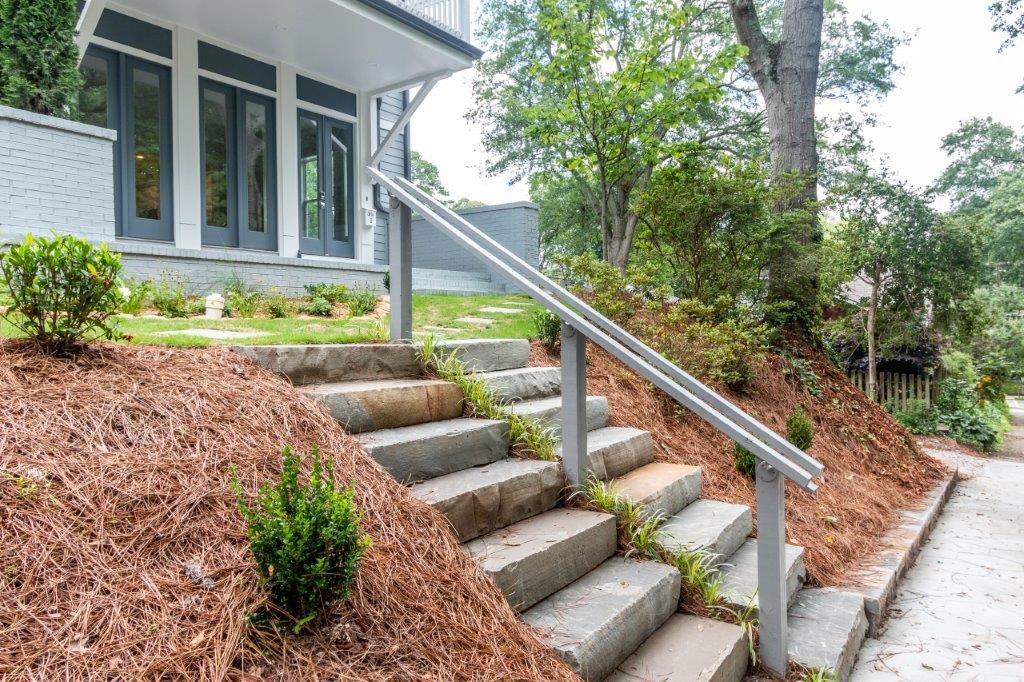WilliamMarkDesigns Glendale Duplex Front Yard View