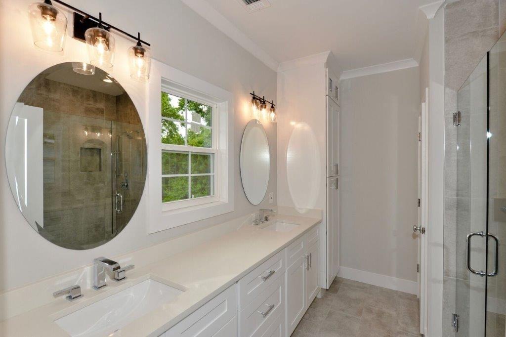 WilliamMarkDesigns Glendale Duplex Master Bathroom