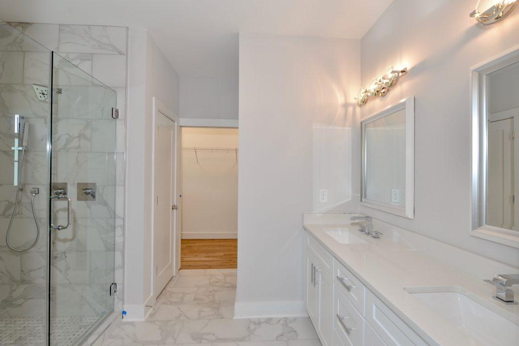 WilliamMarkDesigns Hill Street Master Bathroom